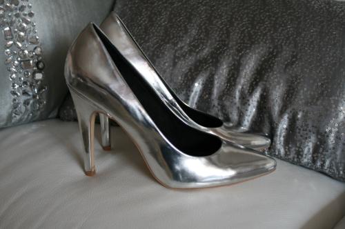 scarpe argento decolletè