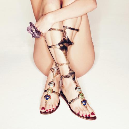 piedi perfetti sandali smalto